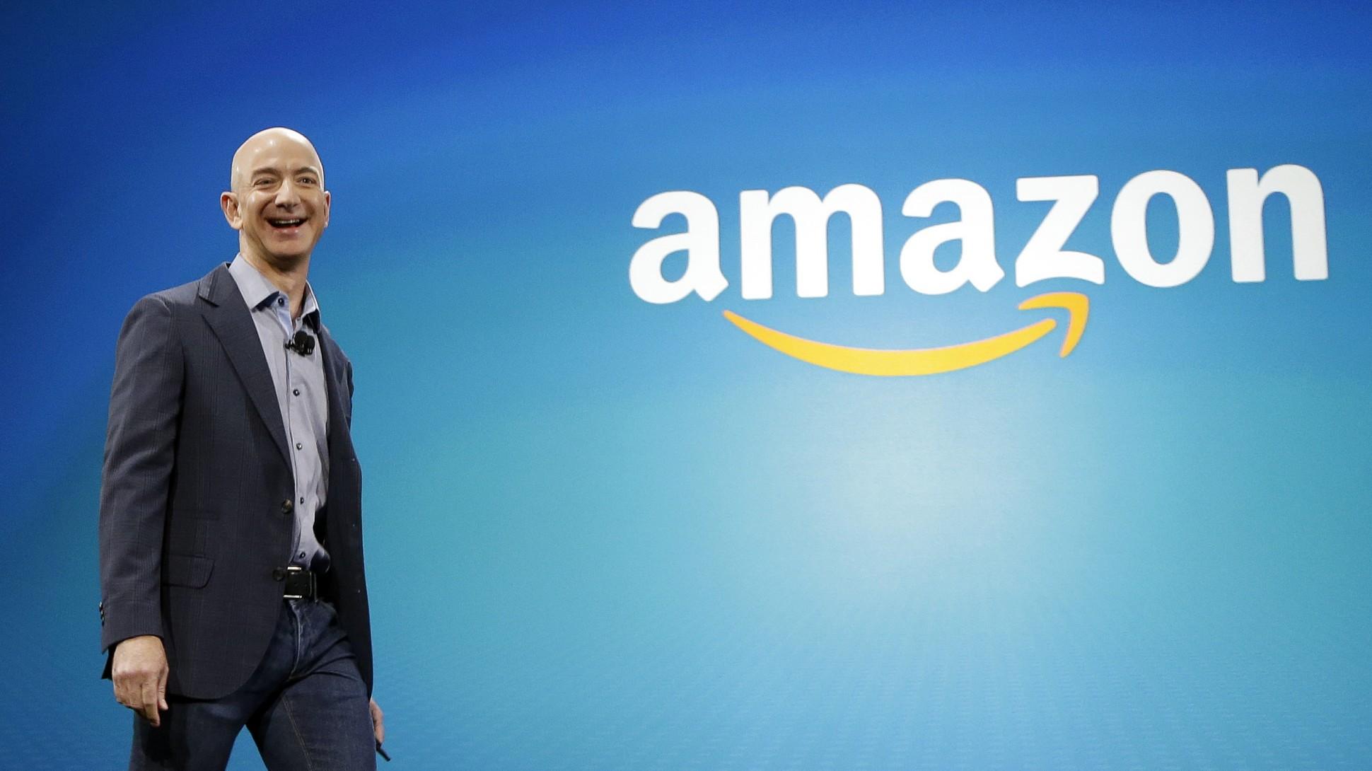 Bezos Amazon CEO marketing ecommerce