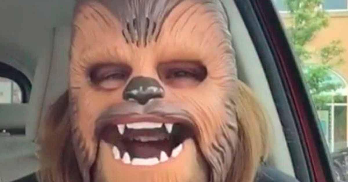 mascara chewbacca marketing viral